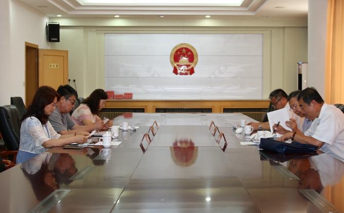 青岛市院党组成员、检委会专职委员胡麟来院我调研